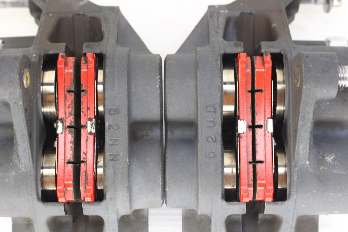 12216 XJR1300 RP03J-0083** 純正 フロントブレーキ キャリパー 左右セット 取り付けピッチ100mm_画像6