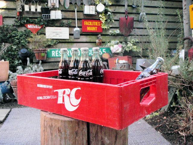 F960A☆所さんの世田谷ベース流ガレージ小物にUS USED DRINK CASE ROYAL CROWN COLA/ロイヤル クラウン コーラ/USAコーラ工具入れ_写真と同等品をお送りいたします