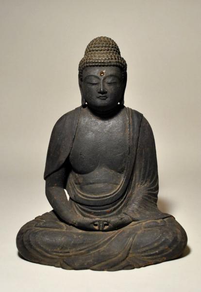 特別出品「木彫如来坐像」平安末~鎌倉初期