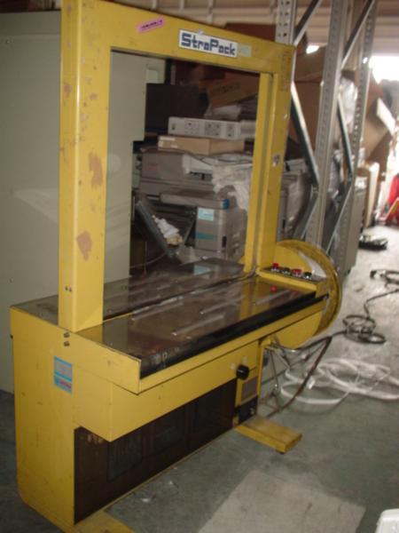 △半自動梱包機 STRAPACK SS-80 200V 三相 50-60Hz_画像1