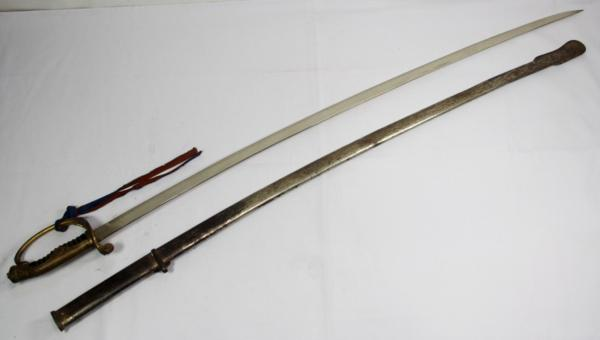 ◆旧日本陸軍・尉官用指揮刀◆サーベル模擬刀◆全長104cm◆桜紋