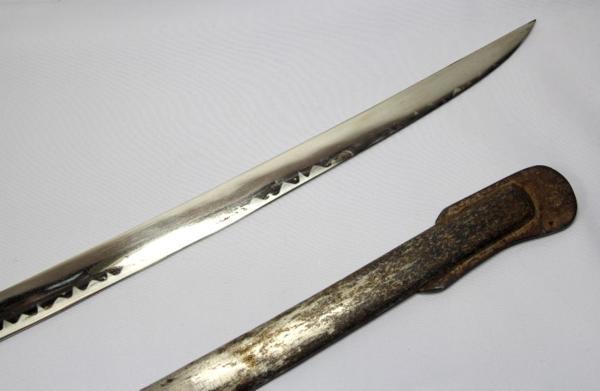 ◆旧日本陸軍・尉官用指揮刀◆サーベル模擬刀◆全長104cm◆桜紋_画像3