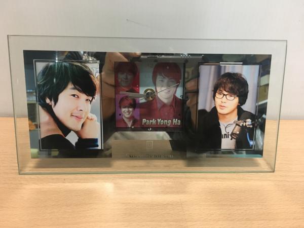 パク ヨンハ 時計付き フォトスタンド 韓国の名俳優 レア物 ②
