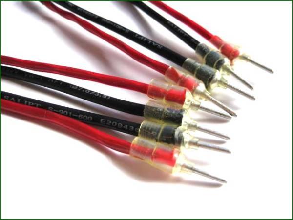 MOGAMI 2534 スピーカーケーブル端子付 世界戦略 1m×2本  _標準のニチフ端子