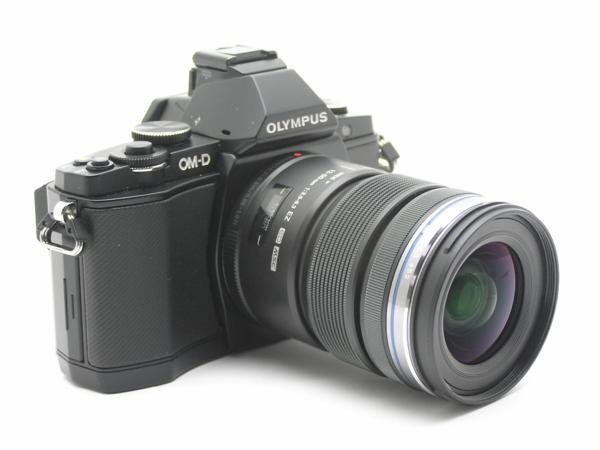 ★ハロ-カメラ★5703 OLYMPUS OM-D E-M5 ブラック黒 (M ZUIKO DIGITAL 12-50mm F3.5-6.3) 説付 動作品_画像2