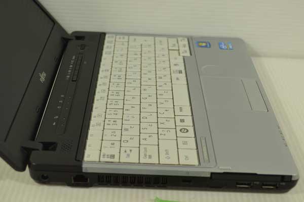31R7 富士通 LIFEBOOK P771/D Core i5 2520M 2.50GHz 2GB SSD 128GB windows 7 Professional 64bit WiFi DtoDリカバリ ディスク作成可能_画像5
