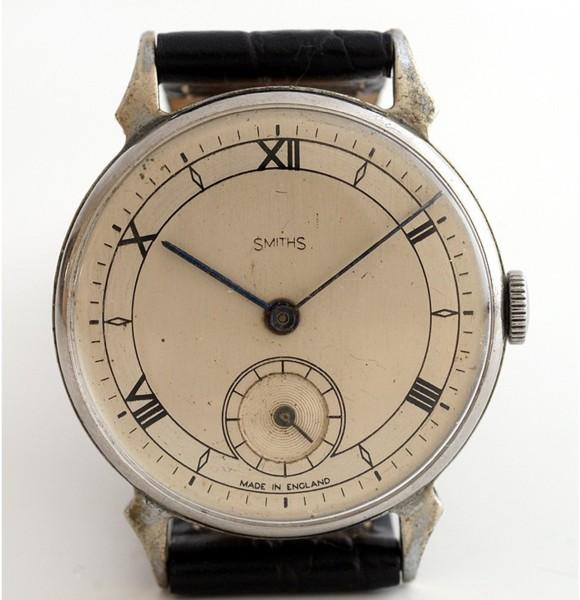 【<】1940年代英国スミス社製腕時計1215(SSベゼル&バック)_SMITHS-2200B-b