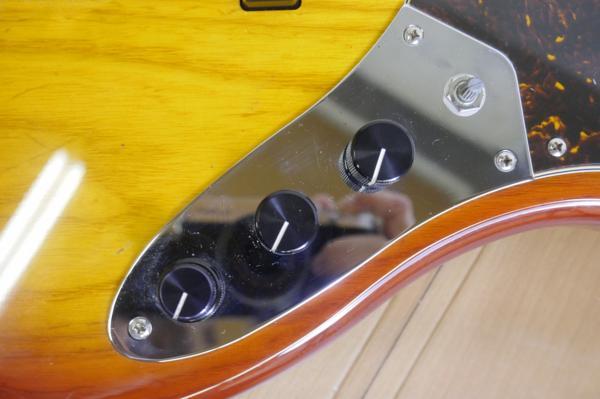 【即決あり!!】Sadowsky/サドウスキー エレキベース UV70 Jazz Bass/ジャズベース・タイプ ★ハードケース付属!!_画像4