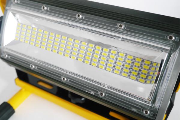 ○最新 100W2400LM LED充電式ポータブル投光器 広角 電源不要T-13_画像6