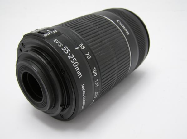 ★ハロ-カメラ★5828 Canon EF-S(55-250mm/4-5.6 IS Ⅱ) 手振れレンズ .動作品 現状 美品_画像3