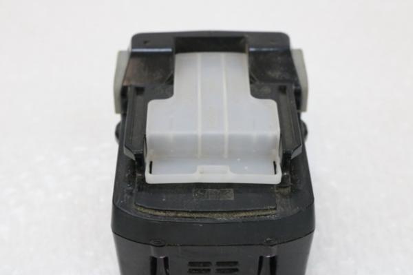 動作確認済み 日立工機 HITACHI コードレスインパクトドライバ WH14DSL2 14.4V バッテリー2個 充電器 ケース付き 電動工具_画像9