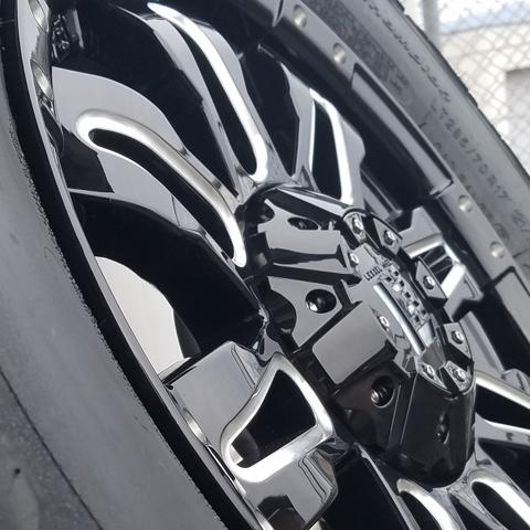 LEXXEL【Balano offroad style】LX570、ランクル200系、100系、セコイア、タンドラ 20インチ 海外輸入タイヤ 285/50R20 タイヤホイールset_※写真は17インチとなりタイヤは異なります