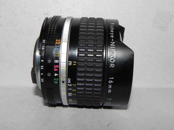 **中古品 Nikon ai Fisheye-NIKKOR 16mm F2.8 レンズ*