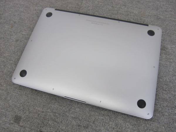 A6236 Apple MacBook Air A1466 13-inch Early 2015 SSD無し 現状品_画像6