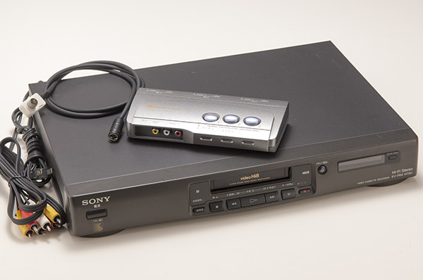 ソニー SONY Hi8 EV-PR2 NTSC ビデオデッキ ジャンク品 おまけあり  SMA7103