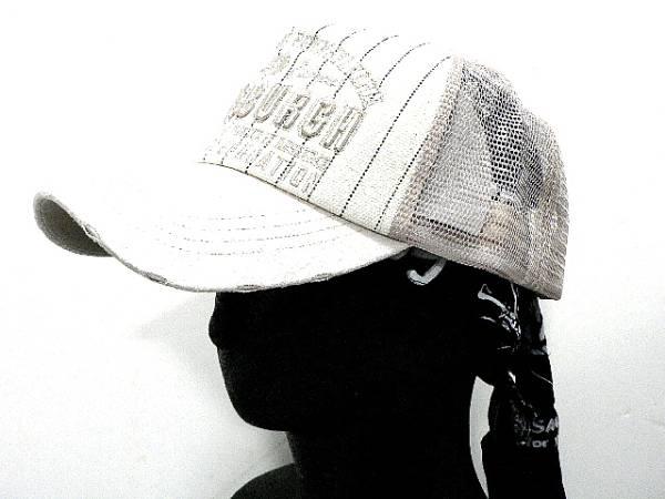 コットンダメージCAPベージュつばPUロゴ刺繍ストライプ帽子_画像1