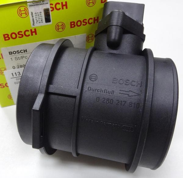 BOSCH エアフロセンサー (M113) W208 W209 R171 113-094-0048_画像1