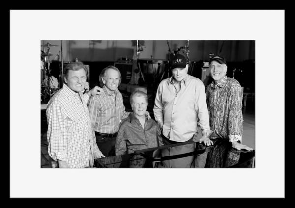 BW:人気サーフ・ロック・グループ!ザ・ビーチ・ボーイズ/The Beach Boys/モノクロ写真フレーム-5