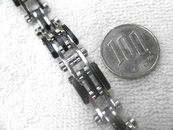 【値下】クールなサージカルステンレスブレス 8 黒×シルバー 鎖_画像2