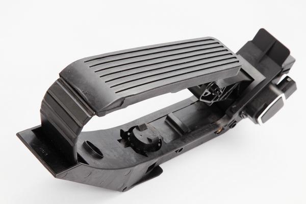 HELLA スロットルセンサー アクセルペダル/W215 CLクラス CL500_画像2