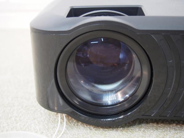 RUISHIDA ミニプロジェクター LED M3 リモコン付 未使用品_画像3