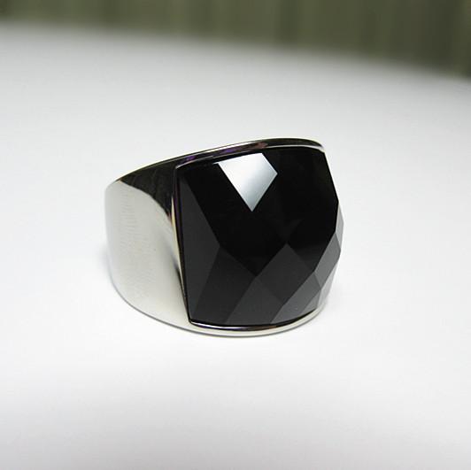 新品 ステンレス 耐久性 輝き長持ち ブラックストーン 指輪リング_画像4