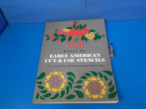 1975年 EARLY AMERICAN Cut&Use Stensils Joanne C Day_画像1