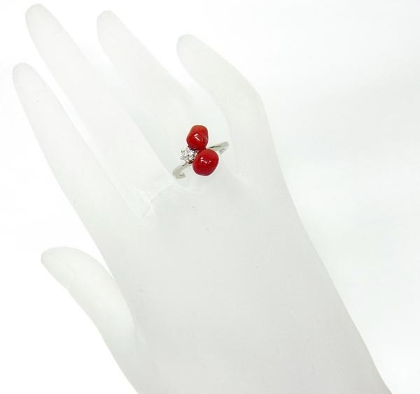 送料込みの即決価格!色的にはこれ最高の色です!最高級オックスブラッド(牛血)色 天然紅珊瑚 プラチナ製リング 卸価格でご奉仕_画像5