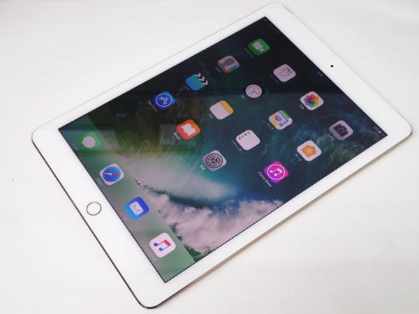 1円 【Apple】 白ロム アップル docomo iPad Air 2 Wi-Fiモデル 32GB ゴールド A1567 [MNVR2J/A] ○ 超美品 質屋出品 質シミズ_画像3