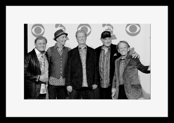 BW:人気サーフ・ロック・グループ!ザ・ビーチ・ボーイズ/The Beach Boys/モノクロ写真フレーム-3