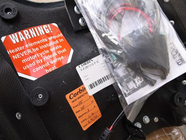 1点のみ SALE! Corbin コービン Front Saddle w/ Heat ヒーター付きフロントサドル 2006-2017 Yamaha FJR 1300_画像3
