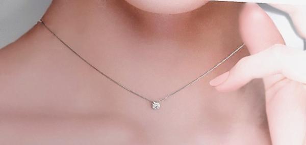 新品 贈り物 プレゼント 0.2ct相当 一粒石 キュービックジルコニア ネックレス_画像9