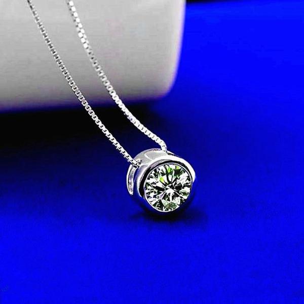 新品 贈り物 プレゼント 0.2ct相当 一粒石 キュービックジルコニア ネックレス_画像1
