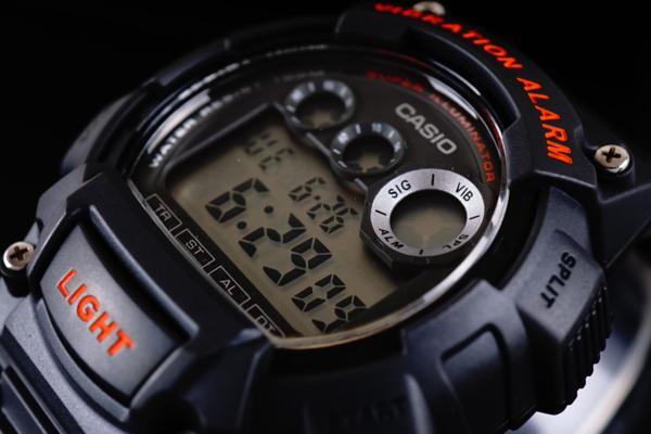 1円×10本 美しすぎるBLACK×RED 新品未使用 本物 正規品 CASIO カシオ バイブレーションアラーム搭載 ハイスペック腕時計 100m防水 10気圧